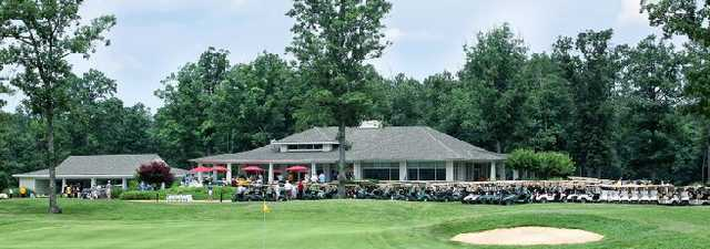Hunting Hawk GC: clubhouse