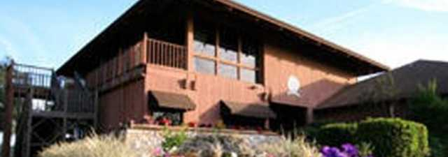 Lakeside GC: clubhouse