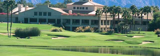 Desert Falls CC: clubhouse