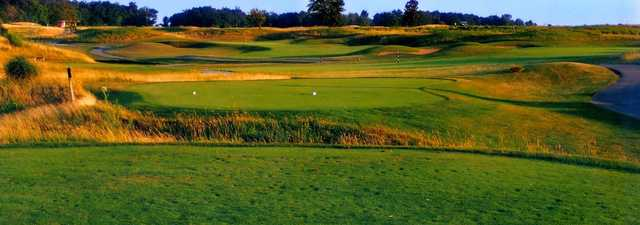 Noble Hawk Golf Links:#7