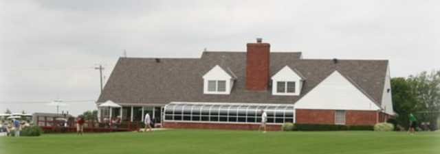 Coffee Creek GC: clubhouse
