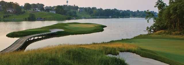 Fyre Lake GC: Island green