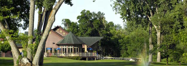 Meadowbrook GC: Clubhouse