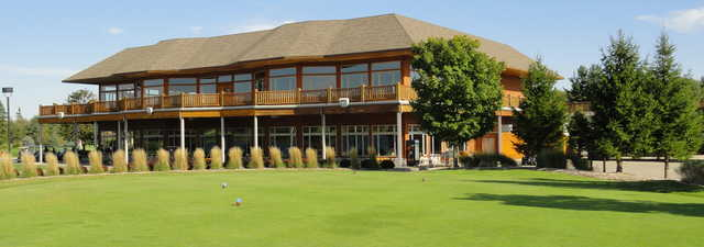 Solitude Links Golf Course & Banquet Center: Clubhouse