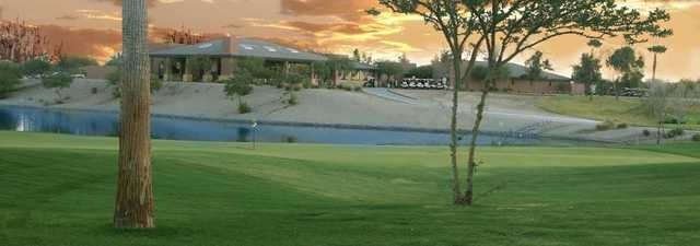 Lone Tree GC: clubhouse